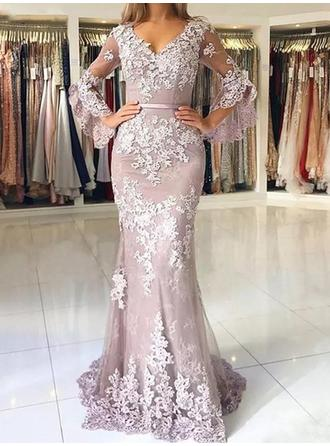 Tulle Long Sleeves Trumpet/Mermaid Prom Dresses V-neck Appliques Lace Sweep Train