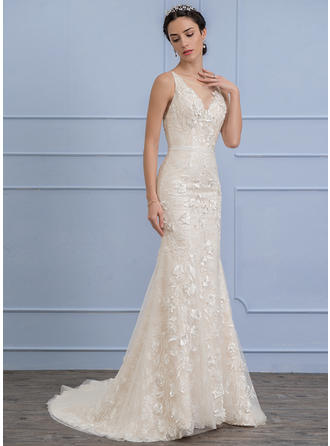 Trumpet/Mermaid Scoop Neck Court Train Lace Wedding Dress With Beading Flower(s) Sequins