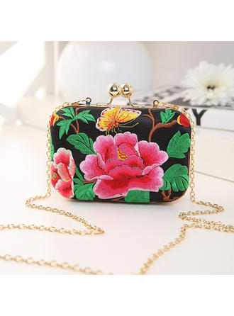 Clutches Ceremony & Party/Casual & Shopping PVC/Embroidery Push-lock frame closure Delicate Clutches & Evening Bags