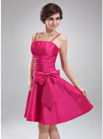 Taffeta Sleeveless A-Line/Princess Bridesmaid Dresses Ruffle Beading Knee-Length