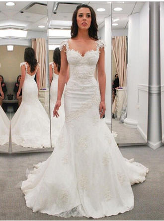 Trumpet/Mermaid Lace Sleeveless Sweetheart Chapel Train Wedding Dresses