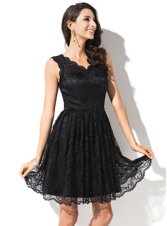 Luxurious Lace Sleeveless V-neck Beading Sequins Homecoming Dresses