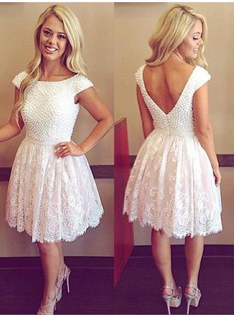 A-Line/Princess Gorgeous Scoop Neck Short Sleeves Tulle Lace Cocktail Dresses
