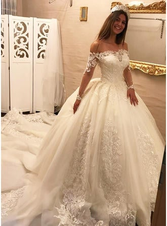Ball-Gown Off-The-Shoulder Royal Train Wedding Dress With Ruffle Appliques Lace