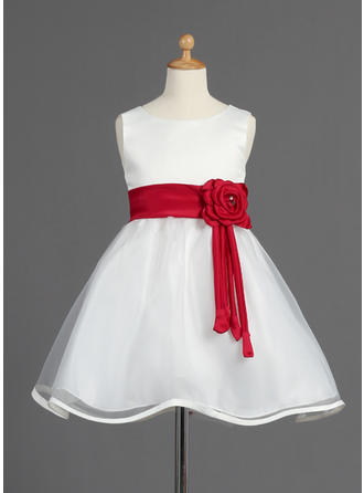 A-Line/Princess Scoop Neck Knee-length With Sash/Beading/Flower(s)/Bow(s) Organza/Satin Flower Girl Dress