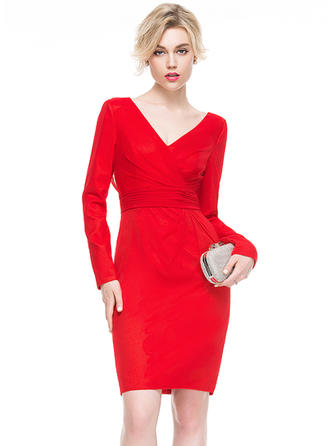 Luxurious Sheath/Column V-neck Jersey Cocktail Dresses