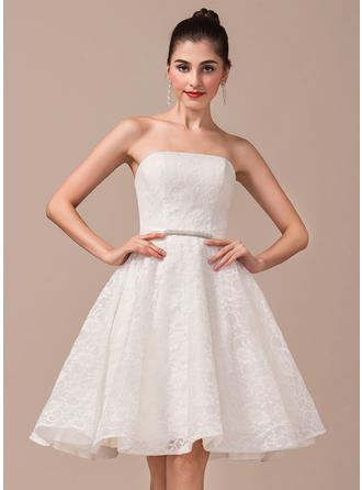Strapless A-Line/Princess Wedding Dresses Lace Beading Sleeveless Knee-Length
