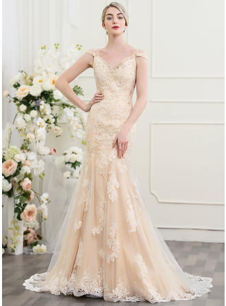 Court Train Trumpet/Mermaid Tulle Lace Luxurious Wedding Dresses Sleeveless