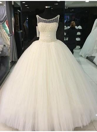 Ball-Gown Scoop Floor-Length Wedding Dress With Sash Beading