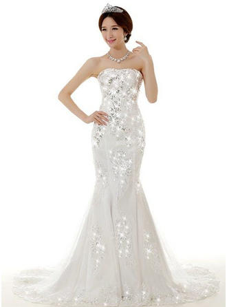 Sheath/Column Strapless Sweetheart Sweep Train Wedding Dress With Lace Beading Appliques Lace Sequins