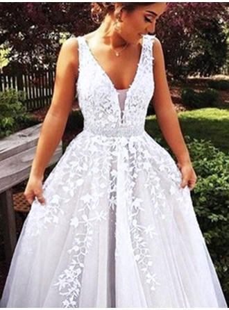 Ball-Gown V-neck Sweep Train Tulle Prom Dresses With Beading Appliques Lace