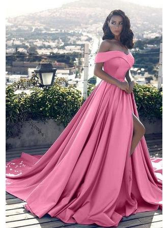 A-Line/Princess Off-the-Shoulder Court Train Satin Prom Dress With Ruffle