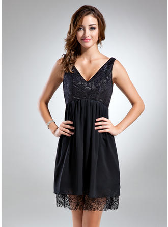 Empire V-neck Short/Mini Chiffon Cocktail Dress