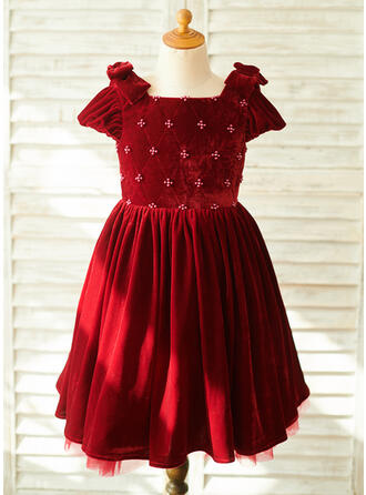 A-Line Knee-length Flower Girl Dress - Velvet Short Sleeves Square Neckline With Beading