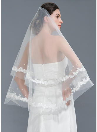 One-tier Lace Applique Edge Waltz Bridal Veils With Applique/Beading