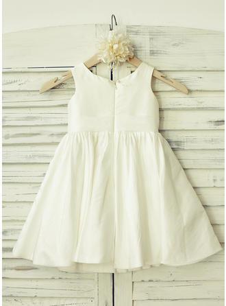 Delicate Scoop Neck A-Line/Princess Flower Girl Dresses Knee-length Taffeta Sleeveless