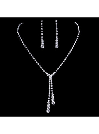 Jewelry Sets Rhinestones Pierced Ladies' Simple Wedding & Party Jewelry