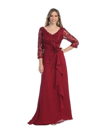 Floor-Length Mother of the Bride Dresses With Embroidered Lace