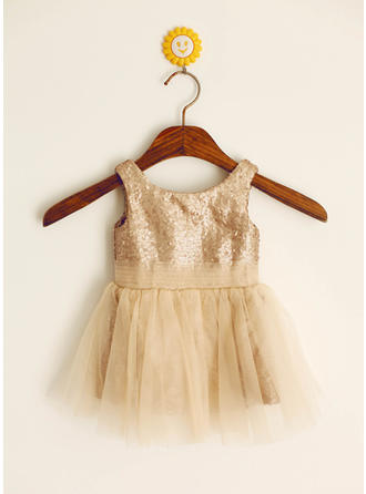 Princess Scoop Neck A-Line/Princess Flower Girl Dresses Knee-length Tulle/Sequined Sleeveless