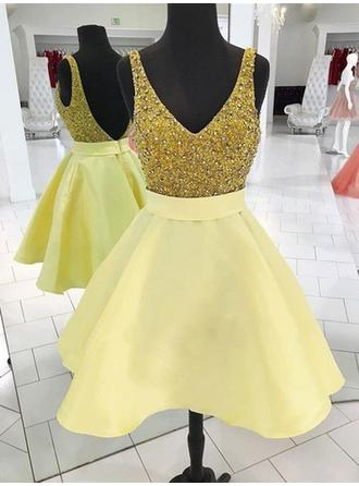 Sash Beading A-Line/Princess Short/Mini Satin Homecoming Dresses