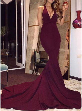 Trumpet/Mermaid Stretch Crepe Prom Dresses Chic Court Train V-neck Sleeveless