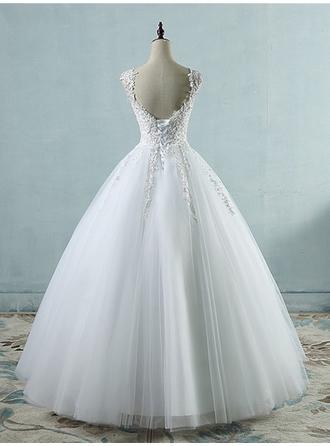 royal wedding dresses exhibition kensington palace
