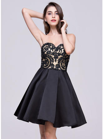 A-Line/Princess Short/Mini Satin Lace Sweetheart Homecoming Dresses