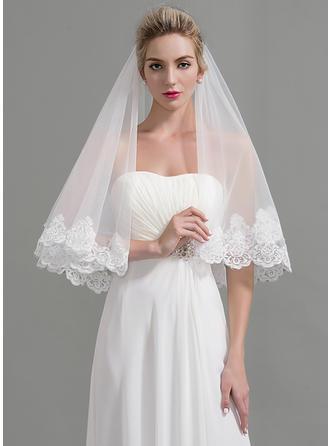 طبقة واحدة حافة مزينة بالدانتيل طرحة زفاف فالس مع تزيين