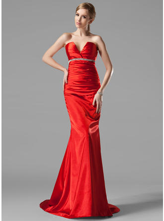 Trumpet/Mermaid V-neck Sweep Train Evening Dresses With Ruffle Beading