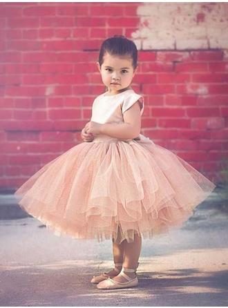 Ball Gown/A-Line/Princess Scoop Neck Knee-length With Bow(s) Satin/Tulle Flower Girl Dress