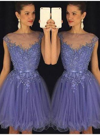 A-Line/Princess Scoop Neck Tulle Sleeveless Knee-Length Beading Cocktail Dresses (016145316)