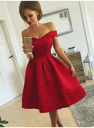 A-Line/Princess Satin Cocktail Dresses Ruffle Off-the-Shoulder Sleeveless Knee-Length