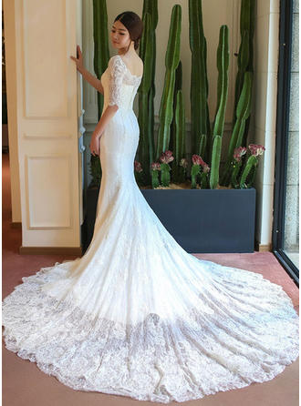 Trumpet/Mermaid Square Chapel Train Wedding Dress With Appliques Lace