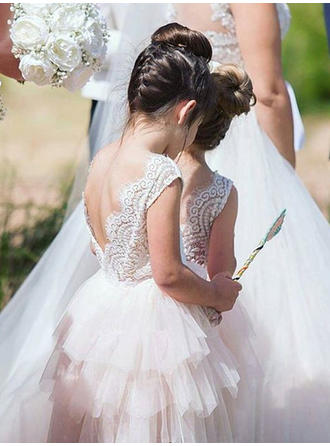 A-Line/Princess Scoop Neck Knee-length With Pleated Tulle/Lace Flower Girl Dress