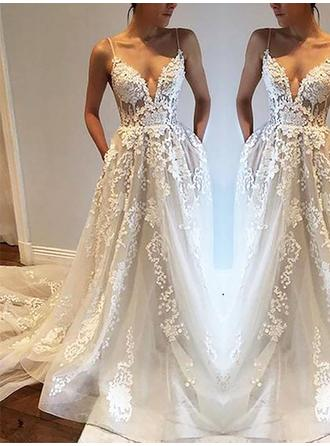 A-Line/Princess Deep V Neck Court Train Wedding Dresses With Lace Appliques Lace