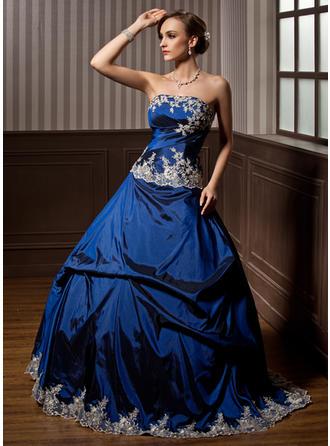 Ball-Gown Strapless Floor-Length Taffeta Prom Dress With Ruffle Beading