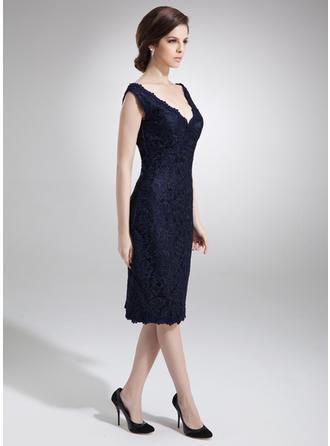 Etui-Linie Off-the-Schulter Spitze Ärmellos Knielang Kleider für die Brautmutter (008005700)