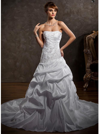 Luxurious Cathedral Train A-Line/Princess Wedding Dresses Strapless Taffeta Sleeveless