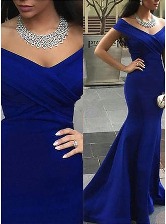 Satin Sleeveless Trumpet/Mermaid Prom Dresses Off-the-Shoulder Court Train