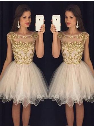 Luxurious Tulle Homecoming Dresses A-Line/Princess Knee-Length Scoop Neck Sleeveless