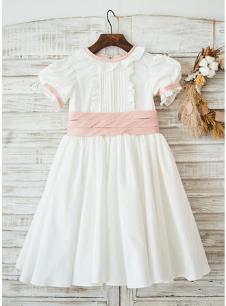 A-Line/Princess Knee-length Flower Girl Dress - Satin Short Sleeves Peter Pan Collar With Bow(s) (Undetachable sash)