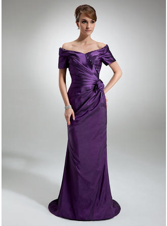 Sheath/Column Taffeta Short Sleeves Off-the-Shoulder Sweep Train Zipper Up Mother of the Bride Dresses