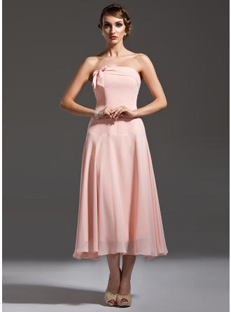 Chiffon Sleeveless A-Line/Princess Bridesmaid Dresses Strapless Bow(s) Tea-Length (007001749)