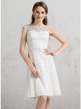 Scoop / Djup Och Vid Halsringning A-linjeformat Bröllopsklänningar Spets Ärmlös Knälång