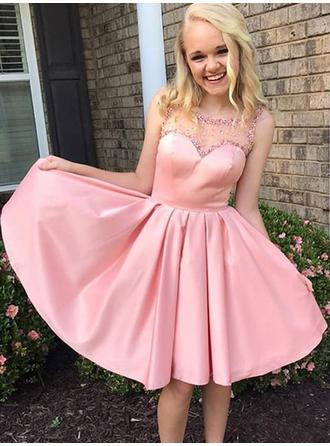 A-Line/Princess Scoop Neck Knee-Length Homecoming Dresses With Ruffle Beading