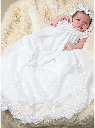 Lace Scoop Neck Baby Girl's Christening Gowns With Short Sleeves