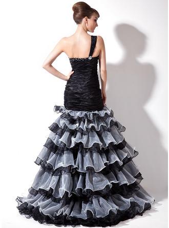 sleek prom dresses