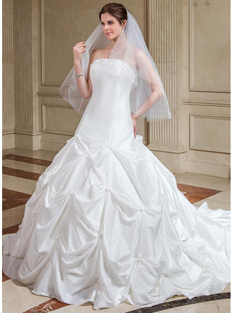Delicate Cathedral Train Ball-Gown Wedding Dresses Strapless Taffeta Sleeveless
