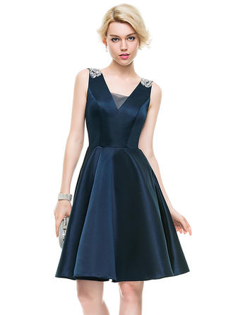 A-Line/Princess V-neck Knee-Length Satin Homecoming Dresses With Beading Sequins
