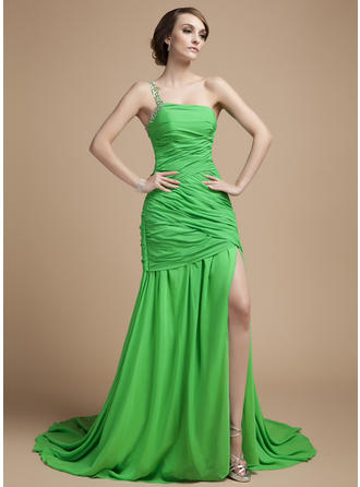 A-Line/Princess One-Shoulder Court Train Chiffon Prom Dress With Ruffle Beading Split Front